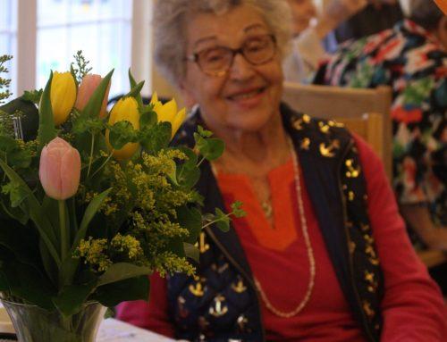 5 Tips for Helping a Senior Enjoy the Holiday Season